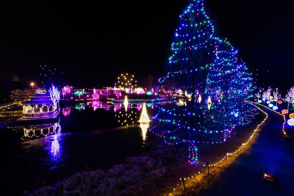 ChristmasTown Lake
