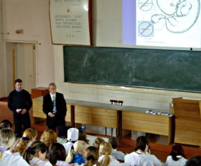 Dr. Kezele giving a presentation in a Siberian medical school