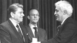 Dr Damadian with President Reagan
