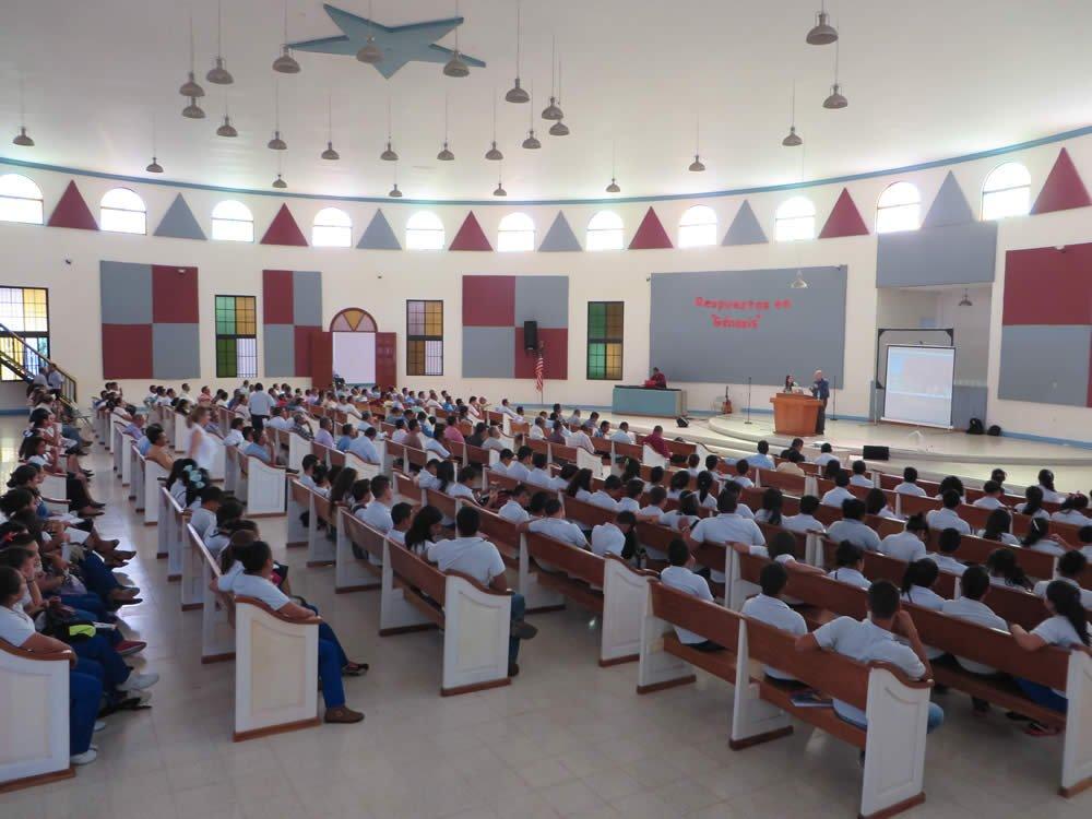 Los pastores, profesores y estudiantes en Honduras