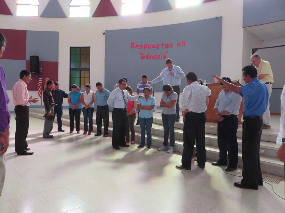Un tiempo especial de oración por los profesores