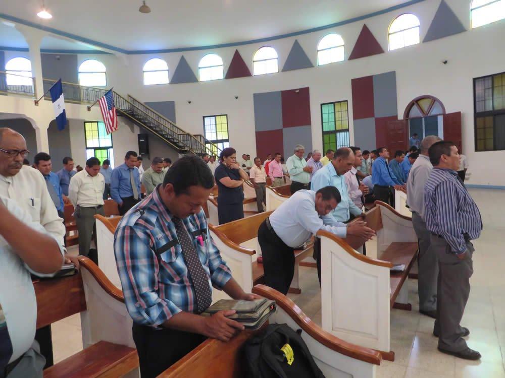 Pastores en oración
