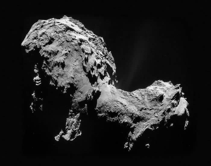 Image courtesy of ESA/Rosetta/NAVCAM, CC BY-SA IGO 3.0.