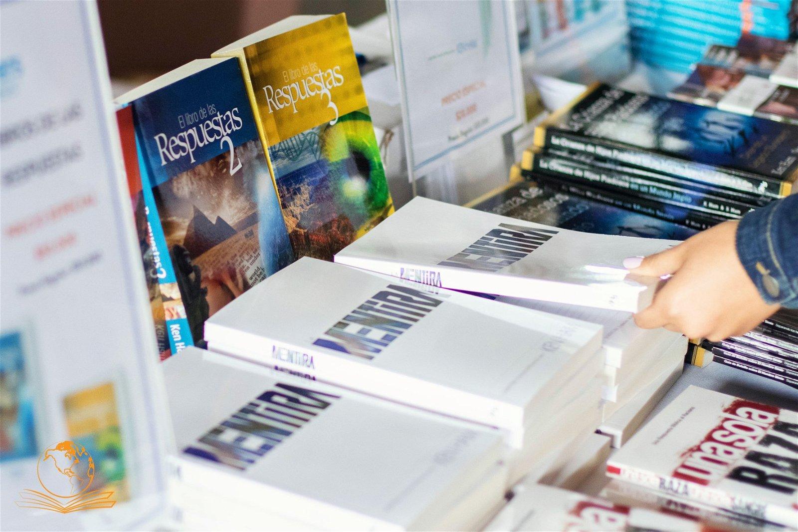 notas y varios libros de ReG en español