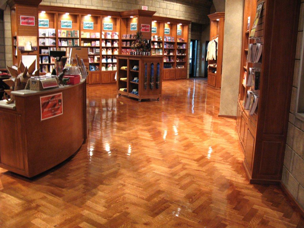 Bookstore12-27-06-002.jpg