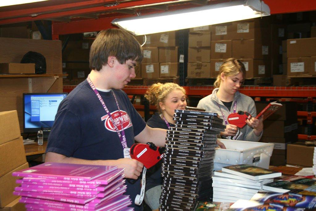 IN-volunteers-3-19-07-019.jpg
