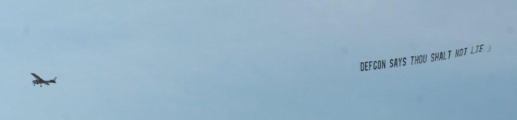 plane-banner5-26-07-106.jpg