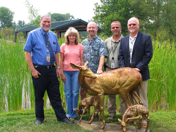 bronze-deer-donation-w-ken-7-26-07-080.jpg