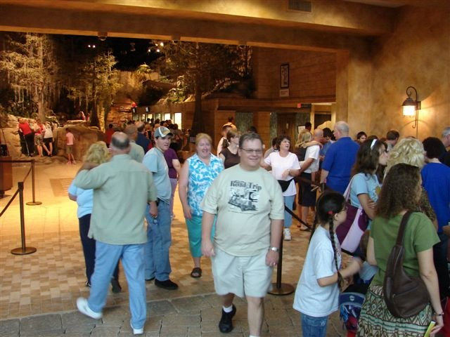 july-5-museum-crowds-008.jpg