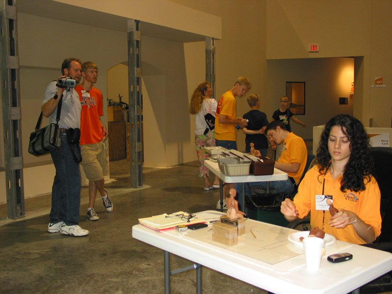 2005610bts4blogs01.jpg