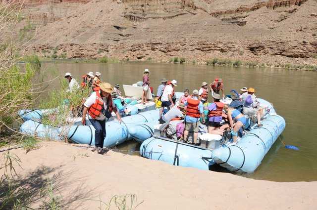 canyon-rafts