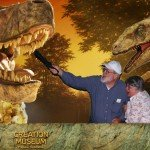 creation-museum-couple-1