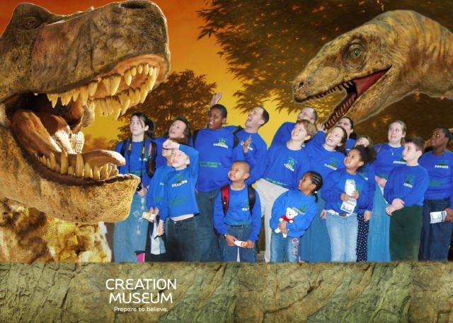 creation-museum-dinos.jpg