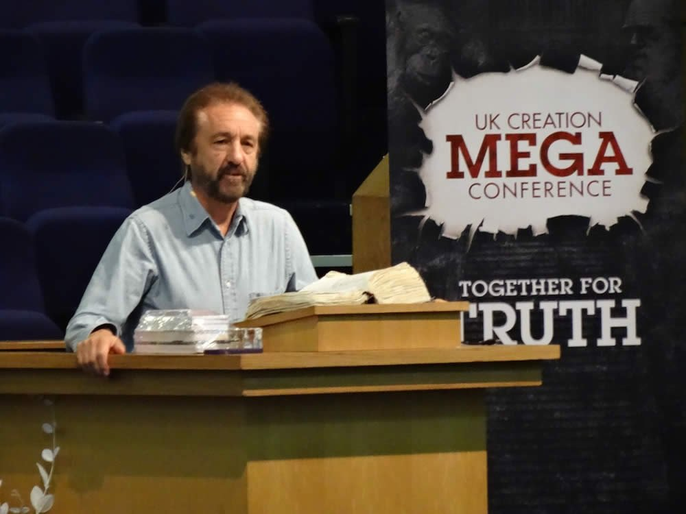 Ray Comfort at the UK Mega Conference