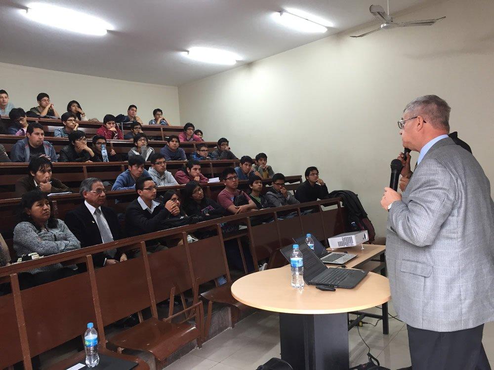 Dr. Snelling in Peru