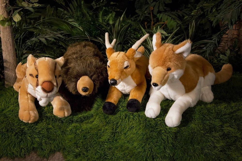 Stuffed Animals of Large Animal Kinds