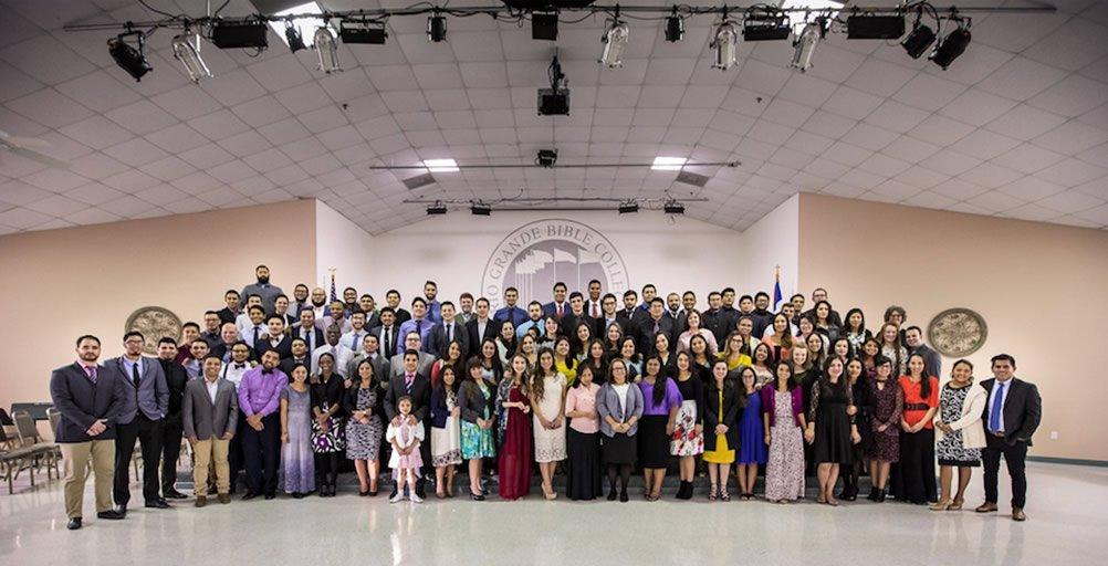 Estudiantes del Seminario de Río Grande