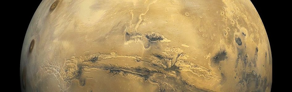 Mars, a Testament to Catastrophe