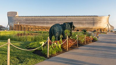 Buddy Davis Builds New Ark Encounter Topiaries