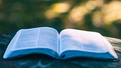 Does Luke 16:29–31 Contradict John 11?