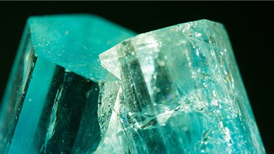 Large Gem Crystals Grew within Hours: Consistent with Rapid Granite Formation on a Young Earth