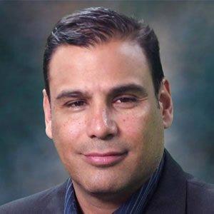 Miguel Esparza