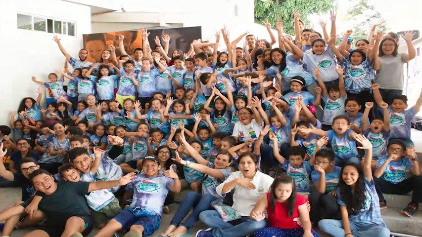 El Salvador Church Review of Conmoción Oceaníca