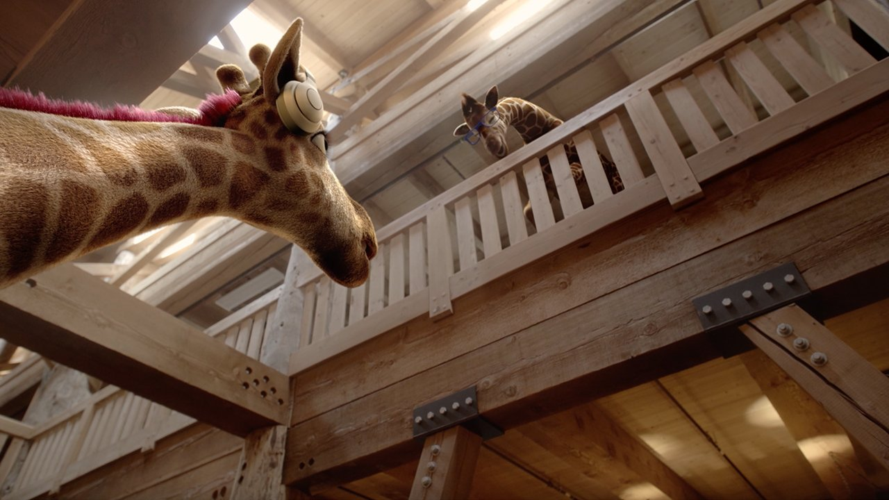 Giraffe Living Quarters Commercial