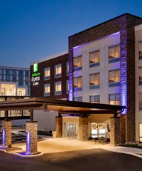 Holiday Inn Express Redbank