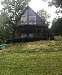 Lakehouse Chalet